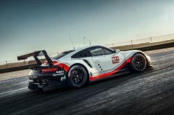 Nowe Porsche 911 RSR