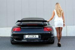 Porsche i kobieta   Jessica i jej Porsche 911 Turbo S
