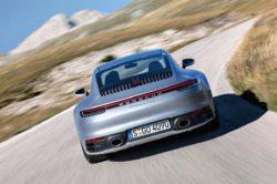 Porsche bije rekordy dostaw aut do klientów